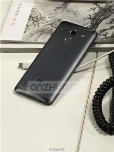 Xiaomi-Mi-5-3.jpg