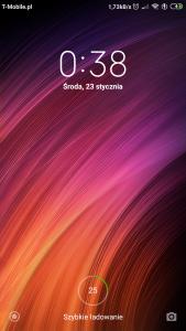 Screenshot_2019-01-23-00-38-51-070_lockscreen.png
