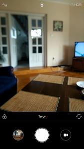Screenshot_2019-04-22-14-23-21-402_com.android.camera.png
