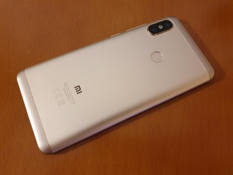 Xiaomi_Redmi_Note_5_Pro_02.jpg