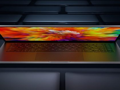 RedmiBook Pro zaprezentowany na oficjalnym spocie zapraszającym na jego premierę.